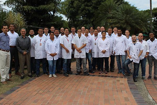 Iniciativas de mejoramiento se destacan en los laboratorios de la UAO